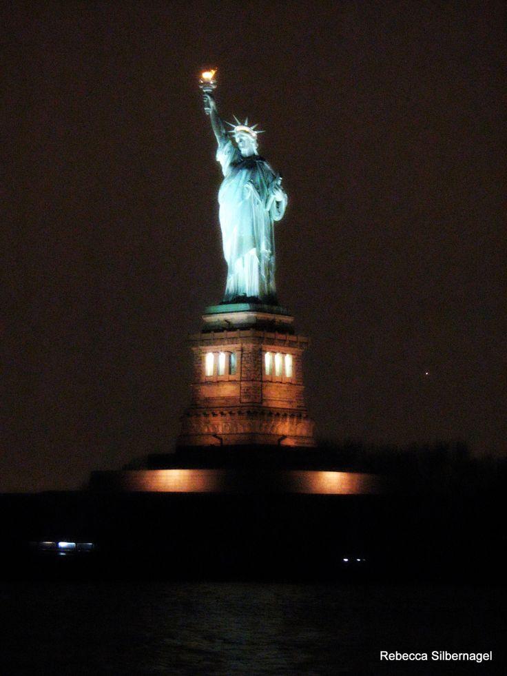 statue of liberty night - photo #5