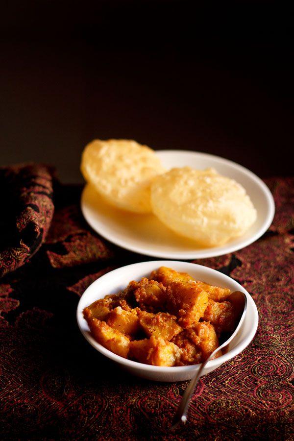 dum aloo recipe – lightly spiced and slightly sweet potato curry ...