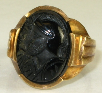 Vintage Natural Carved Black Onyx Double Roman Soldier 10k Y Gold Mens Ring 8g