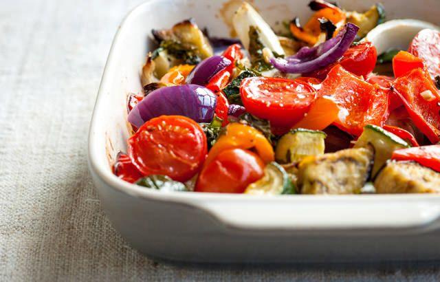 ... olive oil, garlic, cherry tomatoes, fresh basil, black pepper, salt