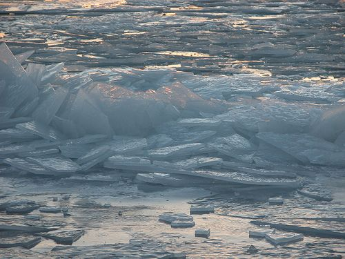 Bellport Bay, LI, NY 2-19-05 IceCrash