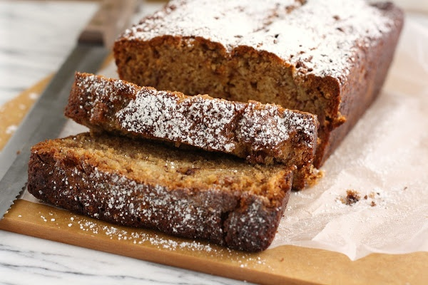 Hummingbird High: Caramel Toffee Banana Bread #Caramel #Banana #Bread