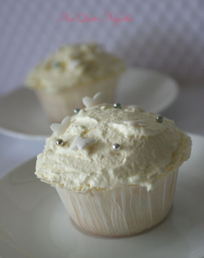 Angel food cupcakes   Love and a Cupcake   Pinterest
