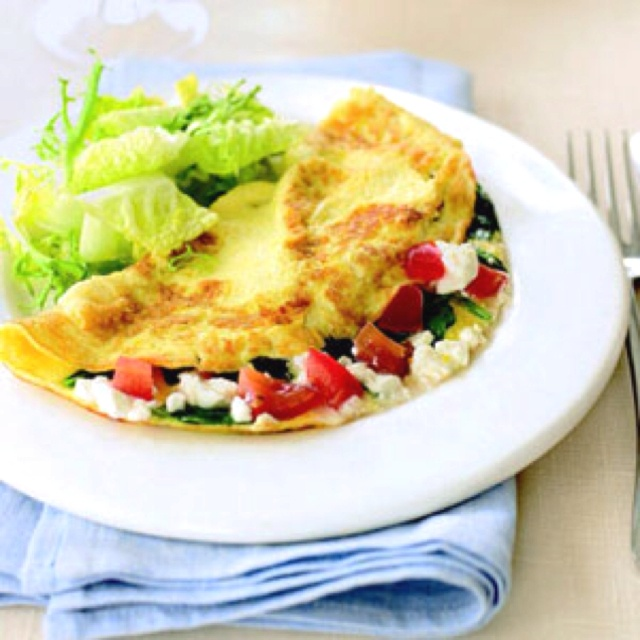 Spinach, Feta, and Tomato Omelet (http://www.goodhousekeeping.com ...