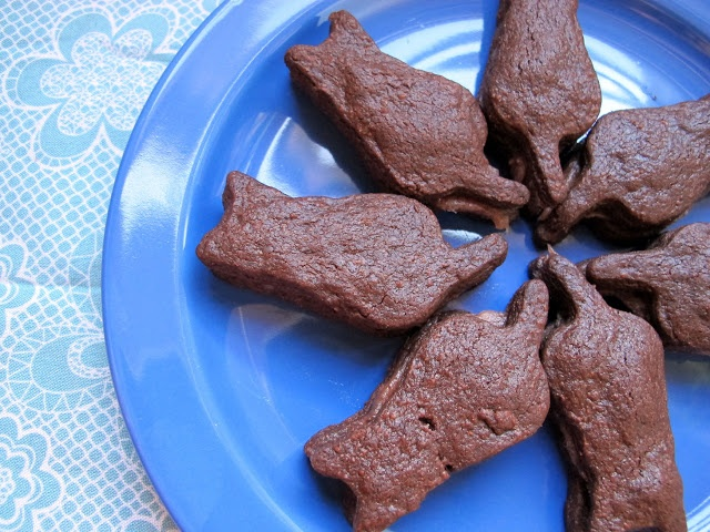 intensely chocolate vegan sables with raspberry cream {the leftovers ...