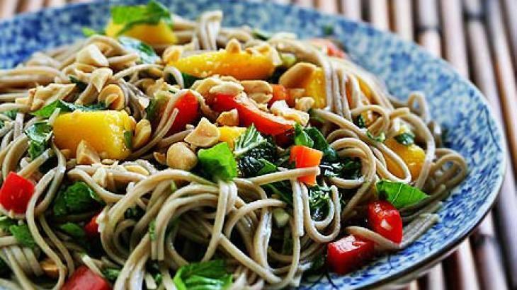 Soba Noodle Salad | Healthy food | Pinterest