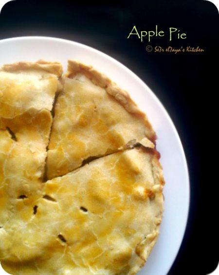 American Apple Pie ~ | *eat* | Pinterest