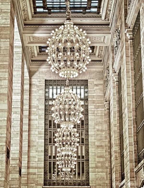 Light Fixtures in Grand Central Station