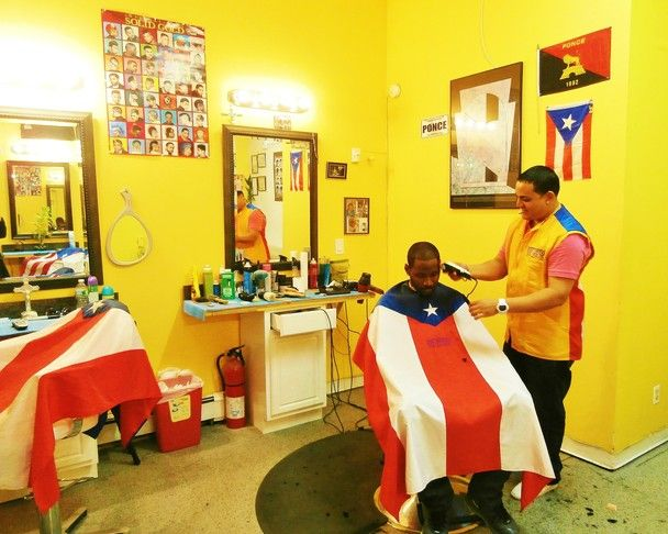 Barber Shop In Spanish : ... shop. I could not resist. The barber only spoke Spanish while his