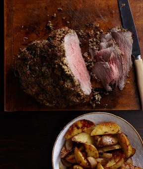 Horseradish-Crusted Beef with Roasted Potatoes and Shallots | Recipe