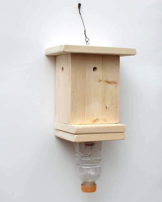 Your cabin or home from carpenter bees this carpenter bee trap