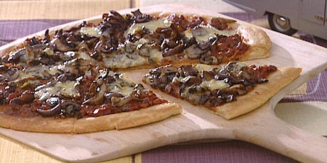 Mushroom and leek pizza | Tastes like awesome | Pinterest