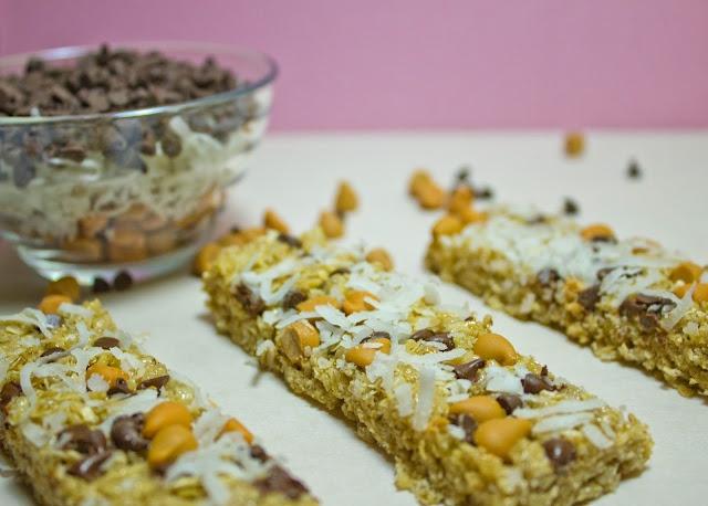 No-Bake Chocolate Chip Granola Bars | Desserts | Pinterest