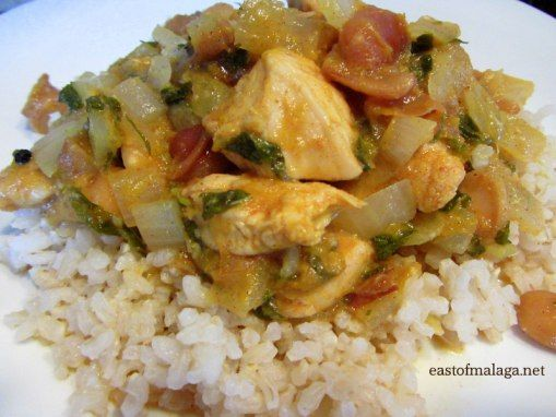 Moroccan chicken served with brown rice | Recetas para hacer | Pinter ...