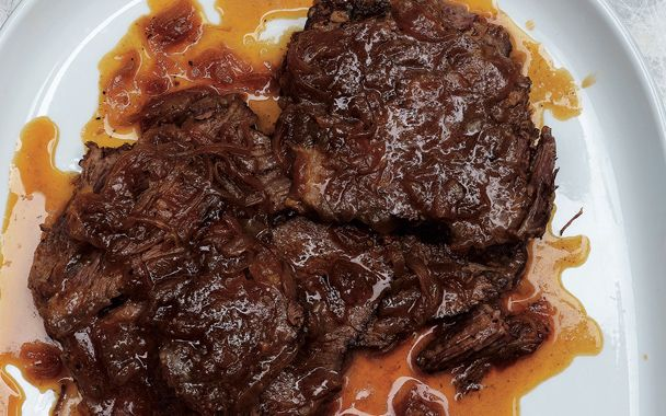 beer braised beef and onions | Cooking, or close to it. | Pinterest