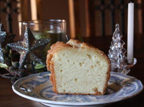 Eggnog Pound Cake with Crystal Rum Glaze | Oh Suga Suga! | Pinterest