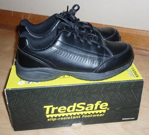 womens tredsafe slip resistant restaurant work shoes black