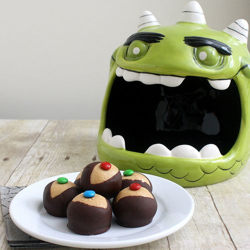 Monster Eyeballs | Holiday | Pinterest