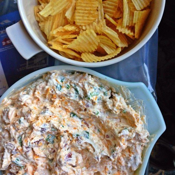 Loaded Baked Potato Dip | appetizers, party food, tapas | Pinterest