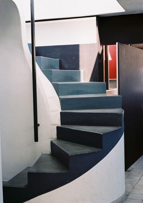 Appartement atelier le corbusier staircase pinterest - Appartement le corbusier ...