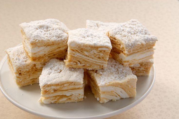 Salted Caramel Swirl Marshmallows | yummy things | Pinterest