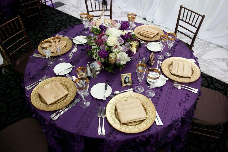 Charmant Purple And Gold Event Table