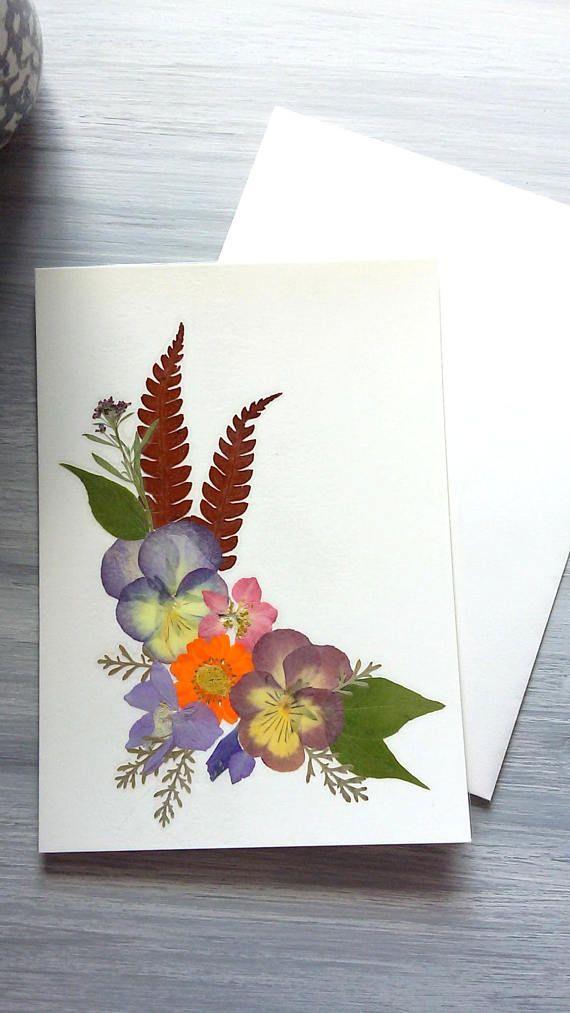 Открытки из засушенных цветов 73