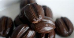 Espresso Mole Shortbread (shaped like coffee beans) via Choosy Beggars
