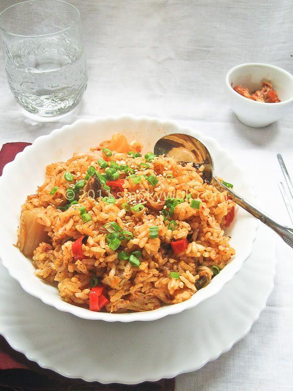 Kimchi Fried Rice with Mushrooms Recipe | |rumbly in my tumbly| | Pin ...