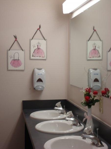 Decorating Ideas > Dorm Bathroom Decor  College Decor  Pinterest ~ 161203_Dorm Room Bathroom Ideas