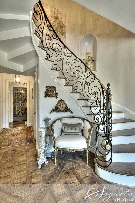 Creative Tonic loves the fabulous subtle white plaster by the AMAZING Segreto Finishes and their delicate attention to detail on the custom stair rail... sublime!