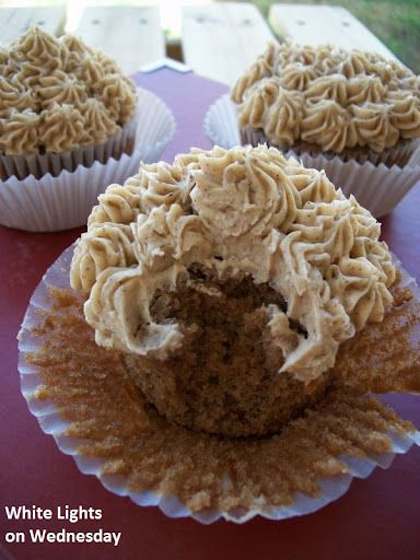 Chai Latte Cupcakes - White Lights on Wednesday