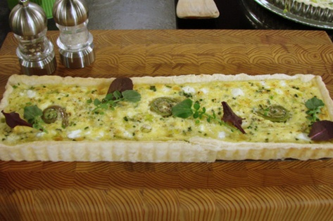 spring onion and goat cheese tart | Yummy | Pinterest