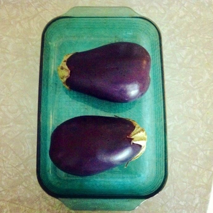 Easy tricks for cooking eggplant with no oil and an easy baba ganoush ...