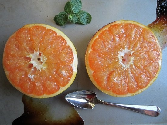 Grapefruit Brulee, sounds heavenly! And so healthy!