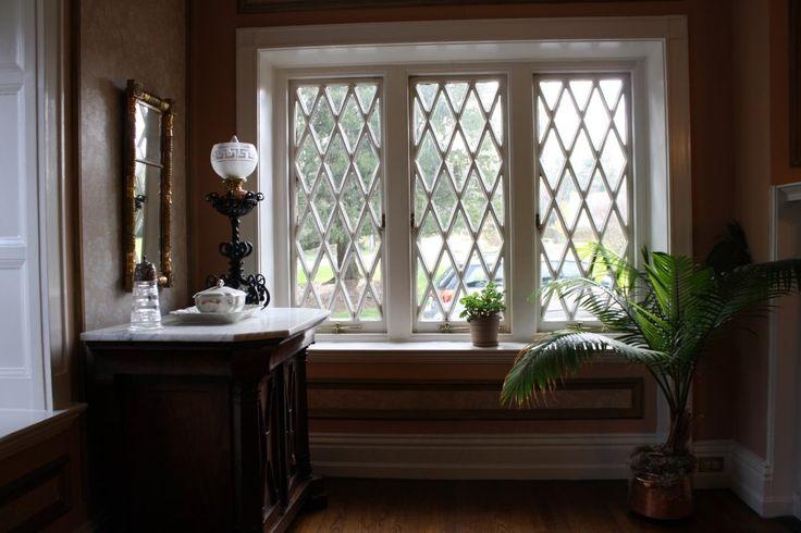 Diamond Window Panes Glass Menagerie