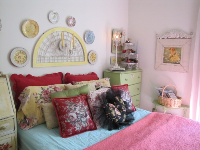 one of many bedroom arrangements cottage bedrooms 2 pinterest