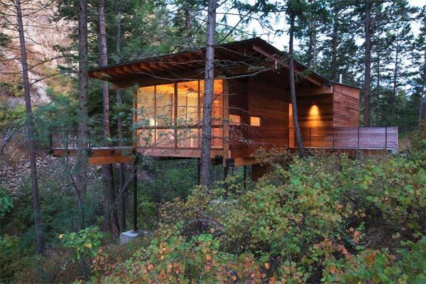 Nice modern cabin on stilts cabin ideas pinterest Log cabin homes on stilts