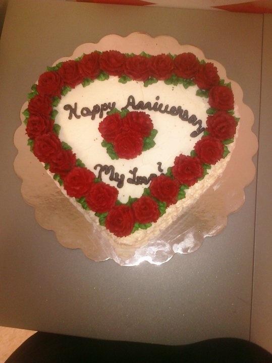 Red roses anniversary cake my cake decorating pinterest