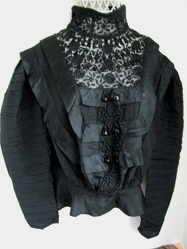 19th Century Women Lace Or Silk Blouses 71