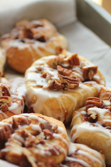Pecan-sticky-buns | food | Pinterest