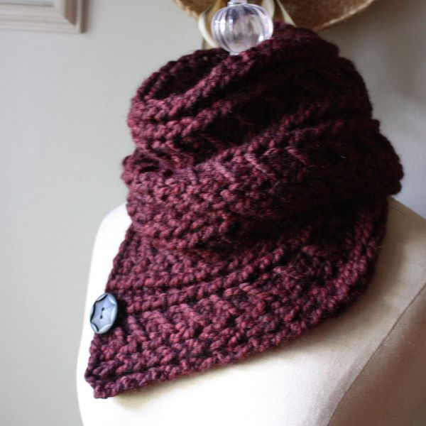 Knitted Cowl Pattern Using Bulky Yarn : Bordeaux Cowl Neckwarmer Knitting Pattern