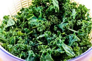 ... : Recipe for Sauteed Kale with Garlic and Onion (Melting Tuscan Kale