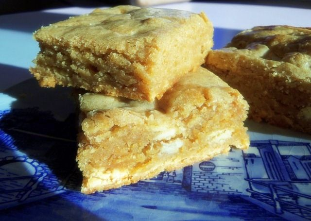 White Chocolate Biscoff Blondies -- via Oven Of Happiness.