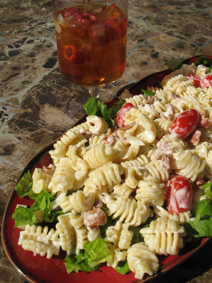 Chilled Bacon, Lettuce and Tomato Pasta Salad (tailgate)