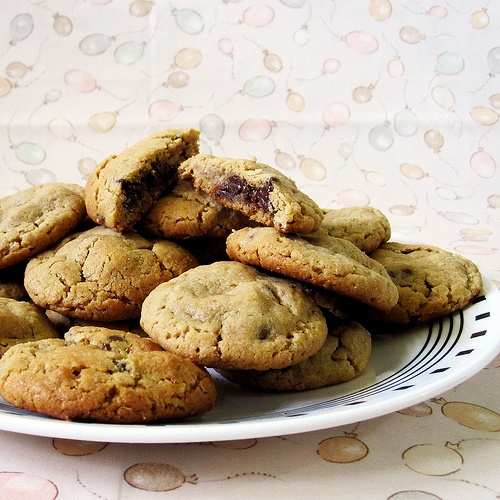 Outrageous Chocolate Chip Cookies | Food | Recipes | Pinterest