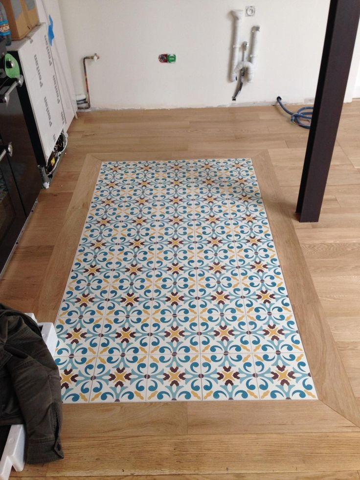 raccord entre carrelage et parquet trendy le parquet salle de bain voil un revtement de sol dco. Black Bedroom Furniture Sets. Home Design Ideas
