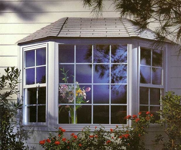 Bay windows design google search small house pinterest for Bay window remodel
