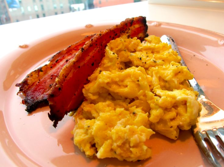 low and slow scrambled eggs - perfection