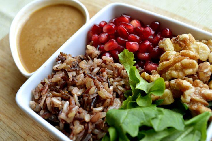 Pomegranate Salad Post. | To Eat: Soup & Salad. | Pinterest